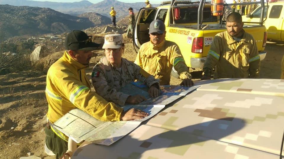 Reconocimiento a bomberos y al Ejército