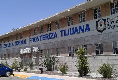 INSTALAN CENTRO DE ACOPIO EN LA ESCUELA NORMAL FRONTERIZA