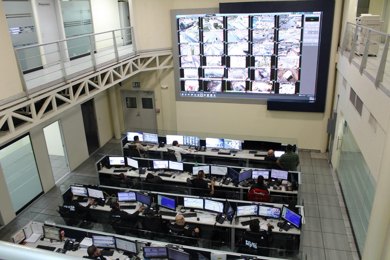 Buscan perfiles para fortalecer la atención del 911