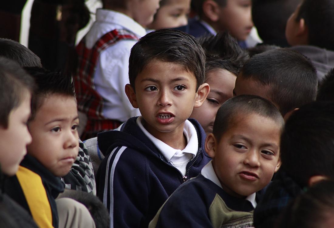 Regresan a las aulas de BC más de 682 mil alumnos