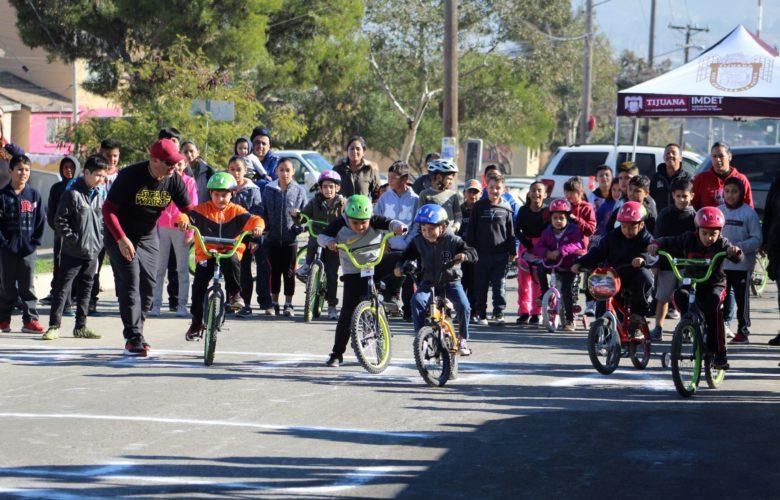 Participan más 70 ciclistas en delegacional de bicicross en La Mesa