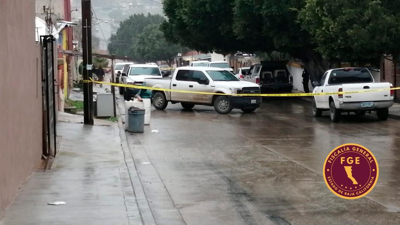 Localizan dos víctimas más sin vida, en casa donde se hallaron los cuerpos de la pareja de California