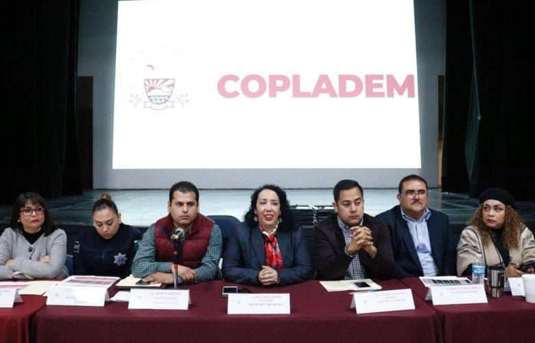 Entrega Araceli Brown nombramientos a miembros del Consejo Consultivo Ciudadano General