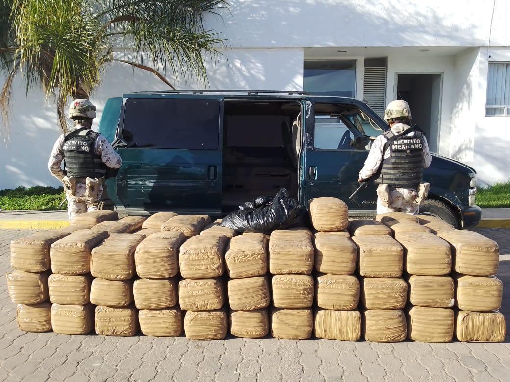 Detienen a sujeto que transportaba más de media tonelada de marihuana