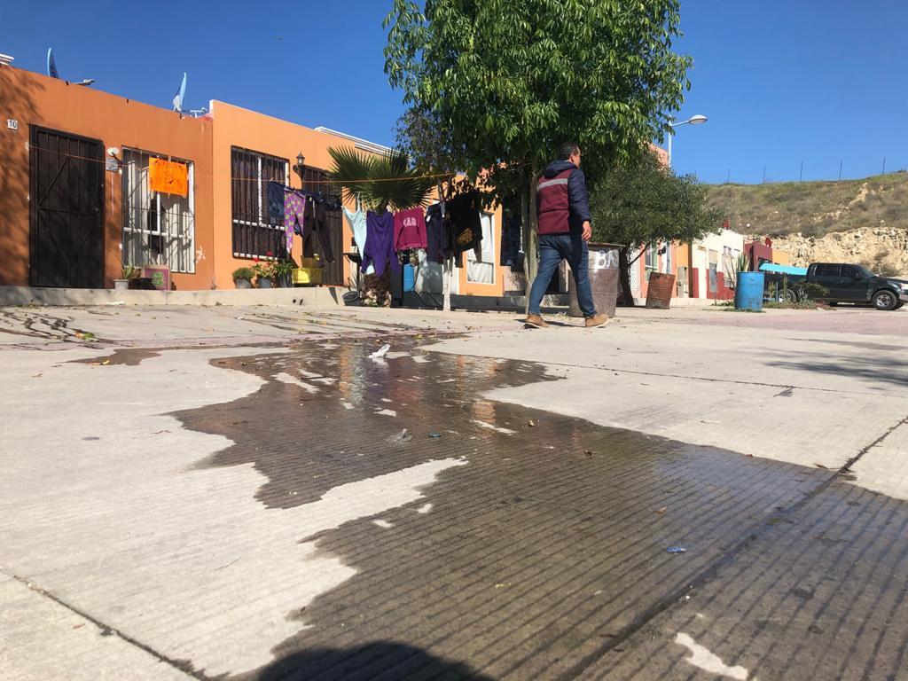 Exhorta CESPT a habitantes de Valle de las Palmas a evitar los derrames en vialidades