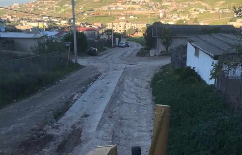Atienden peticiones de mejora en vialidades en Rosarito
