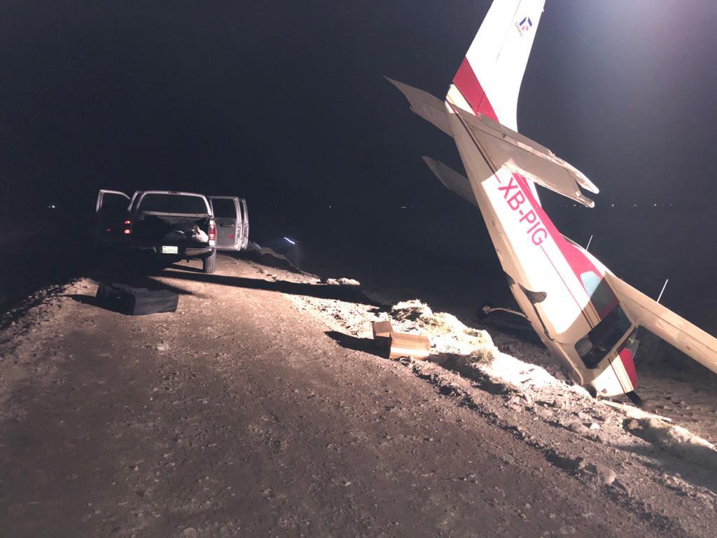 Decomisan avioneta con fentanilo y armas en San Felipe