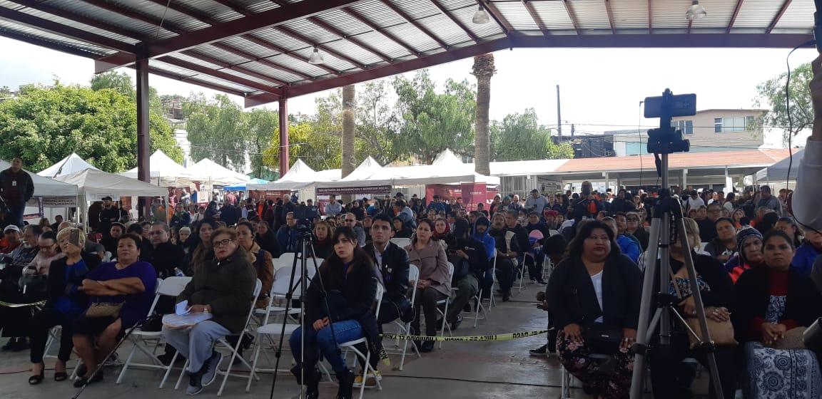 Realizan evento en escuela primaria por el Día Internacional de la Mujer