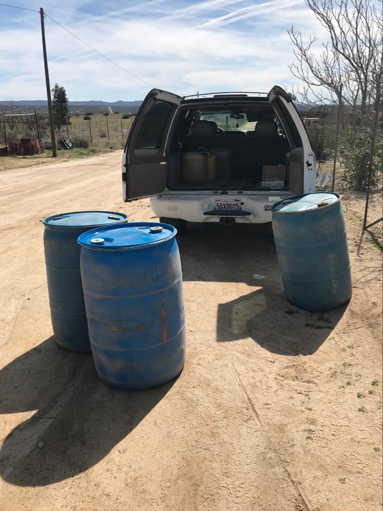 Decomisan vehículo de huachicoleros con 720 litros de gasolina