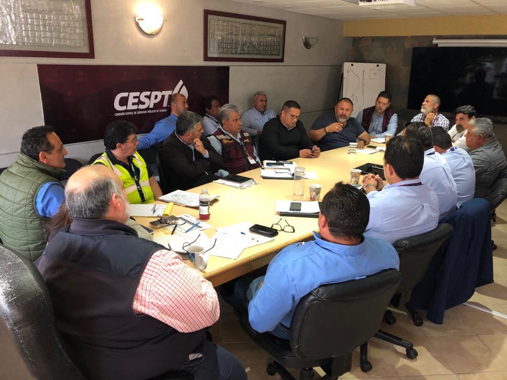 Coordinan esfuerzos autoridades estatales y municipales en el tema de bacheo de vialidades