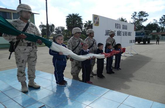 Jardín de niños visita la Comandancia del 67/o. Batallón de Infantería