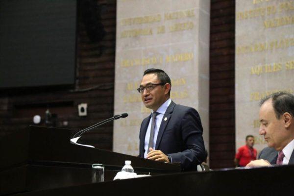 """""""La Fiscalía demostró que dejará pasar los actos de corrupción"""": Héctor Cruz"""