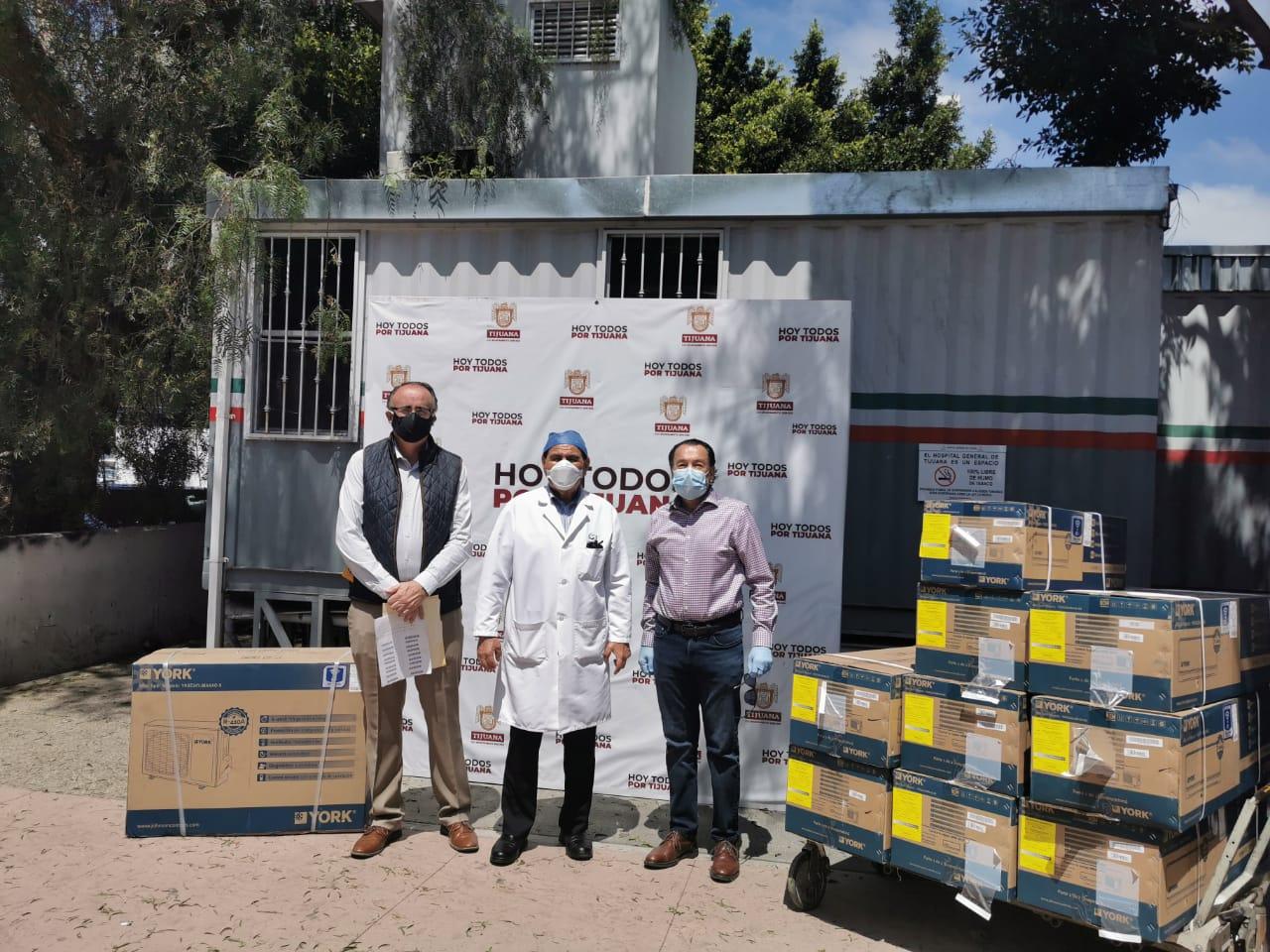 Dona Canaco equipo al Hospital General de Tijuana