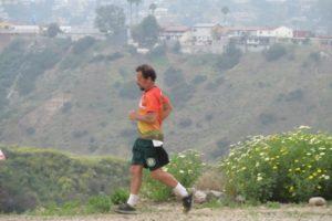 En circuito de sólo 100  Metros  recorre 300 Kilómetros el Ultra Maratonista Eduardo Cooley