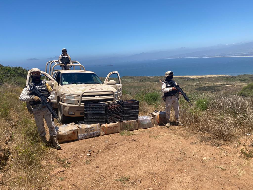 Militares localizan más de 200 kilos de langosta abandonados en la Bufadora