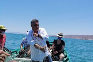 """Lleva Apoyos del Programa """"BIENPESCA"""", Alejandro Ruiz Uribe a Pescadores del Mar de Cortes"""