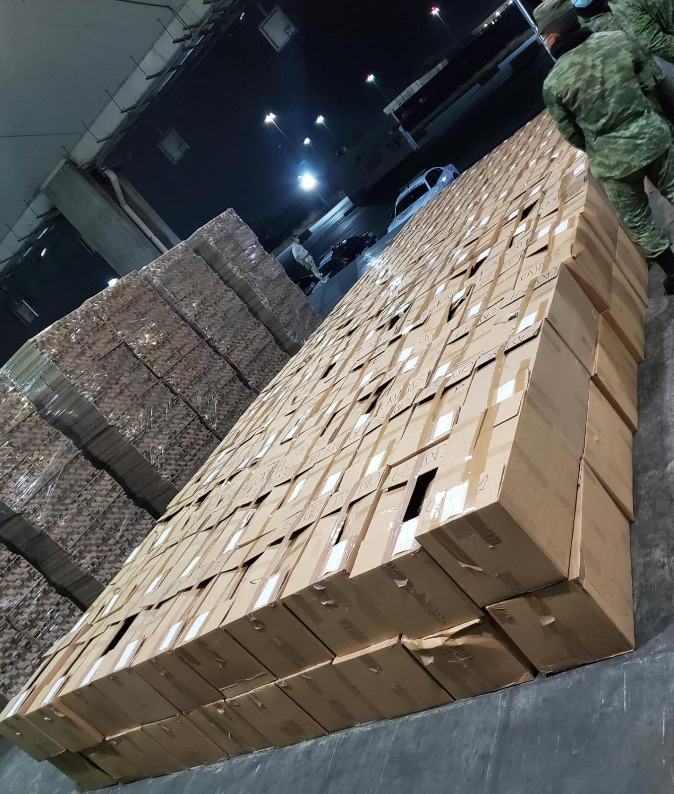 Aduana de Tijuana incauta millones de dosis de cristal en estado puro y marihuana