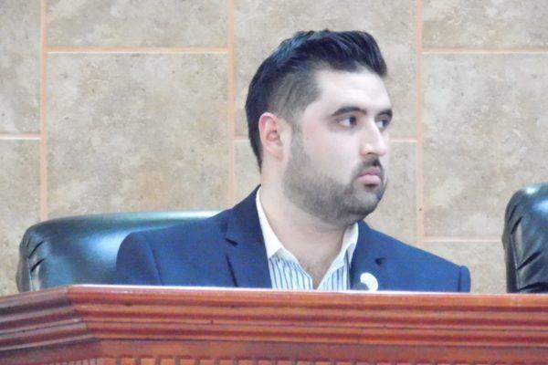 Propone Otañez reforma para elección directa de regidores