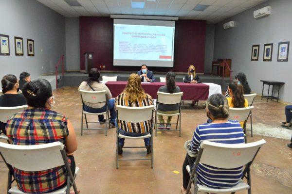 Sistema DIF realiza primera sesión del Proyecto Familias Emprendedoras