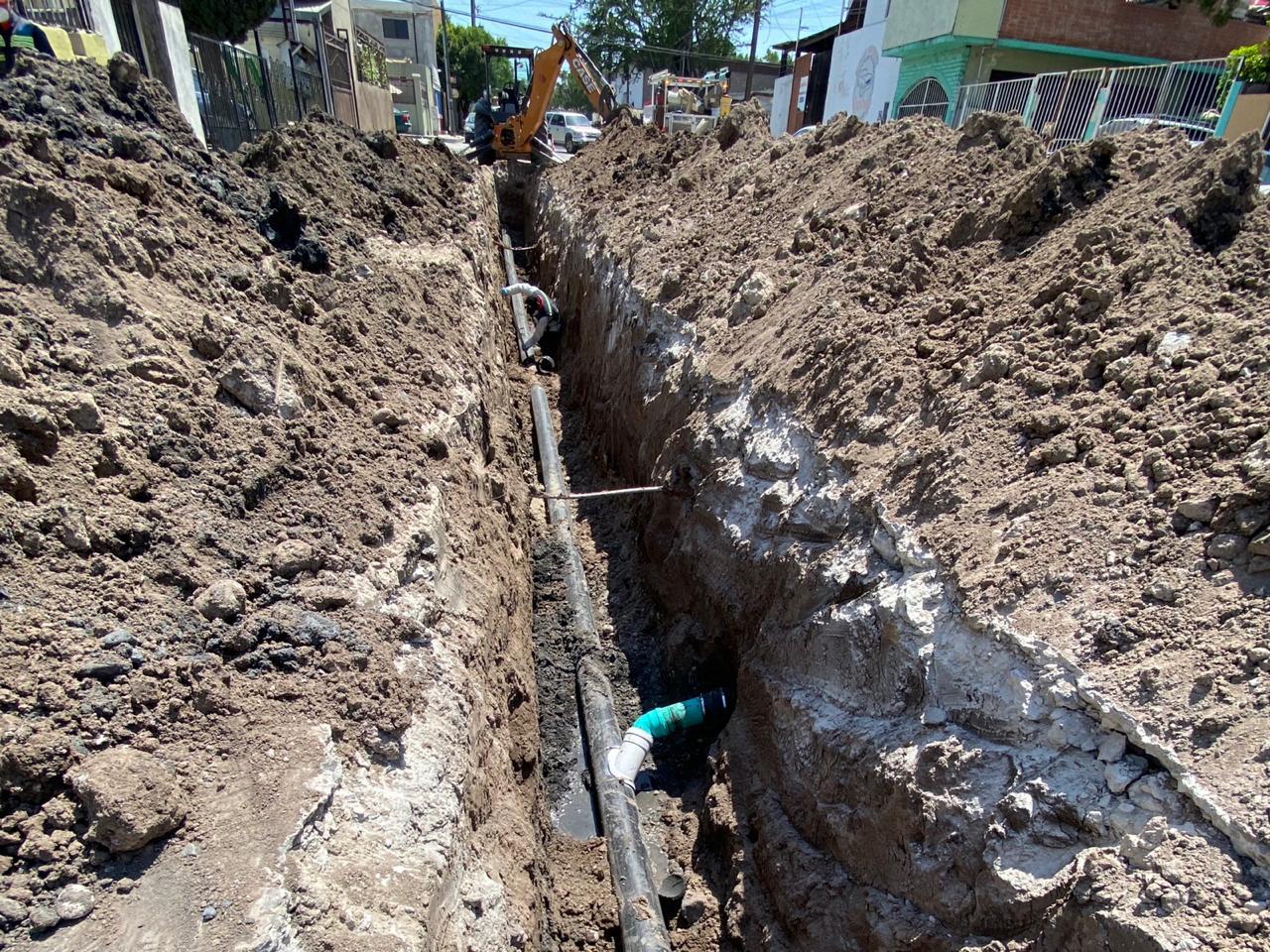 CESPT rehabilita tramo de red sanitaria en Fortín de las Flores