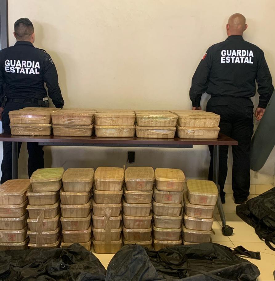 Decomisan 175 kilogramos de metanfetamina valuados en 2.5 millones de dólares