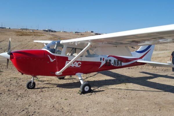 Aterriza avioneta por emergencia en la UABC Rosarito