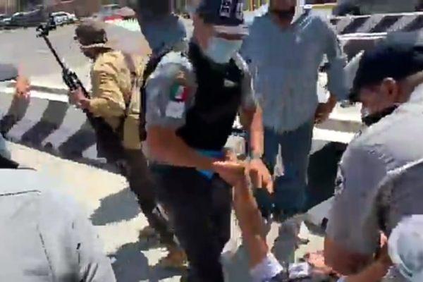 La SCT uso cobardemente a la Guardia Nacional para recuperar con violencia la caseta de Playas: JBV