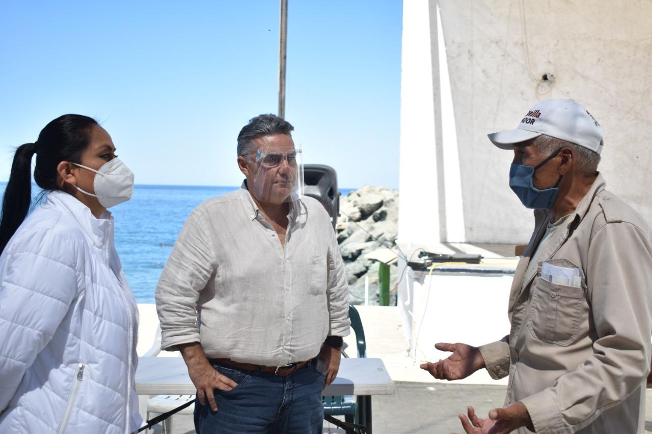 """En Isla de Cedros Dijo """"Más que un Funcionario Público Soy un Servidor de la Nación"""": Ruiz Uribe"""