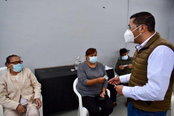 Se reúne diputado Ramón Vázquez con representantes de vecinos del Distrito XII
