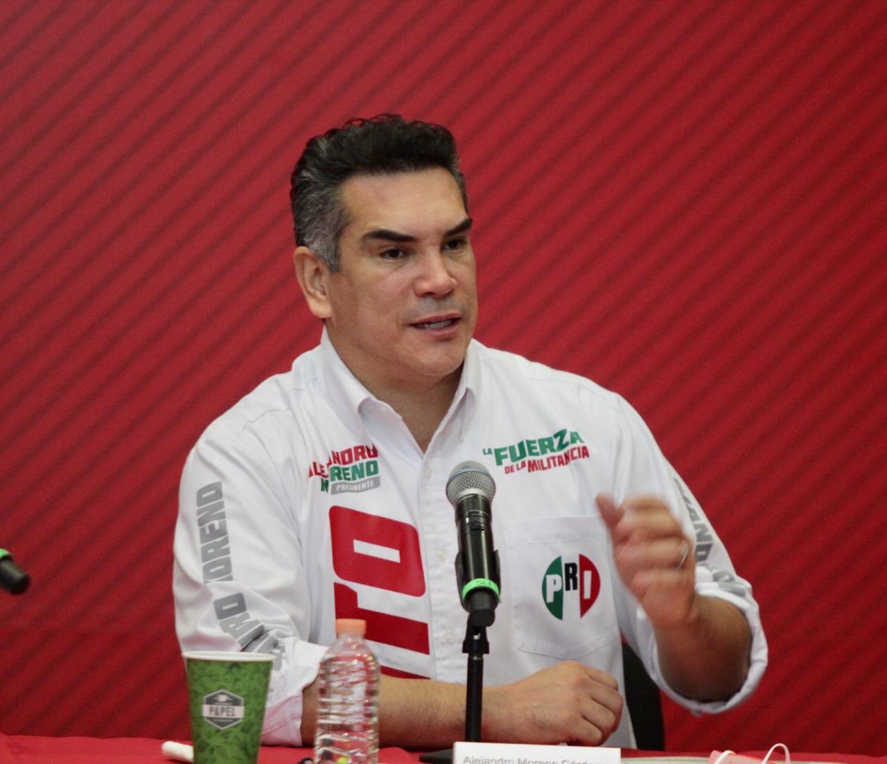 El PRI reconoce la extraordinaria labor de los maestros de México en estos tiempos de pandemia: Alejandro Moreno