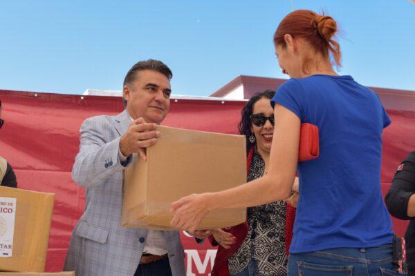 Juntos Vamos a Salir Adelante Dijo Ruiz Uribe a Trabajadores del Volante y Restaurantes de Rosarito