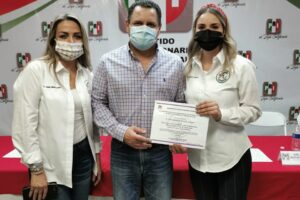 PRI Tijuana rinde protesta a Dirigente de ONMPRI
