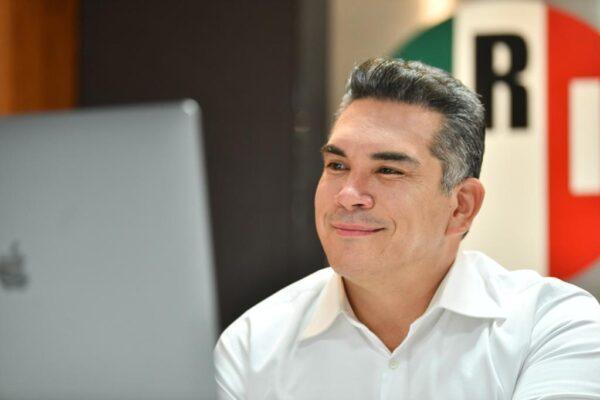 LOS JÓVENES NECESITAN OPORTUNIDADES, NO DÁDIVAS: ALEJANDRO MORENO