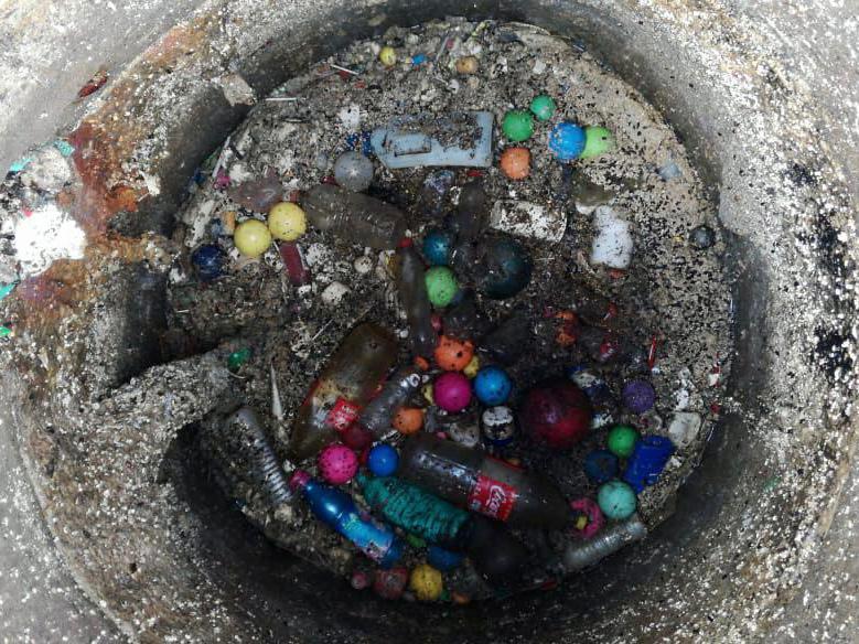 Reporta la CESPT taponamientos en la red de drenaje sanitario ocasionados por basura