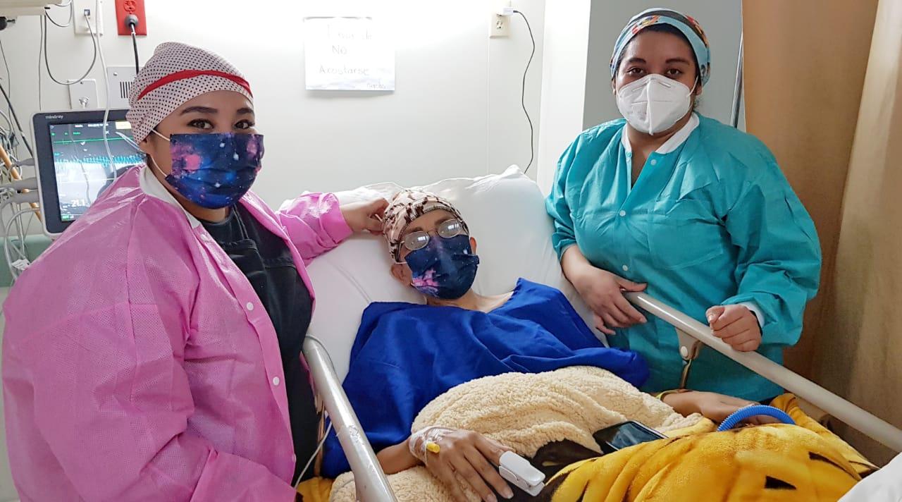 Mora May, una guerrera contra el cáncer de mama