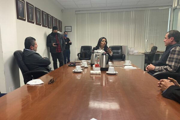 Mayor participación para empresas tijuanenses y mejor planificación de recursos del estado: Montserrat Caballero y CMIC