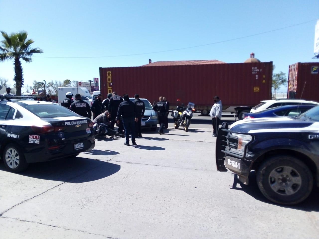 Exigen cierre de acceso a bulevar Benito Juárez por peligroso