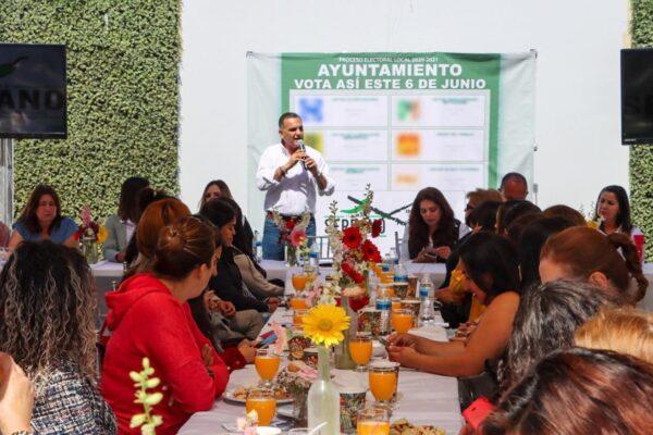 Más de 150 mujeres apoyan el Proyecto Independiente de Fernando Serrano