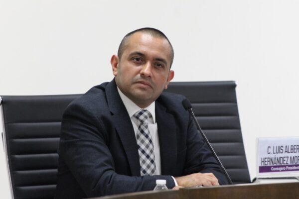 Consejero Presidente del IEEBC resulta positivo a COVID-19