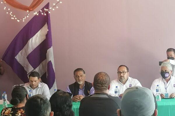 Invita Marco González Arenas a comerciantes a concretar el cambio verdadero