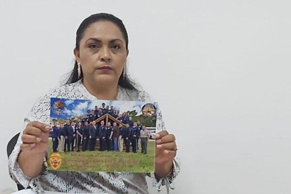 Exige la viuda del oficial Roberto González retribución justa