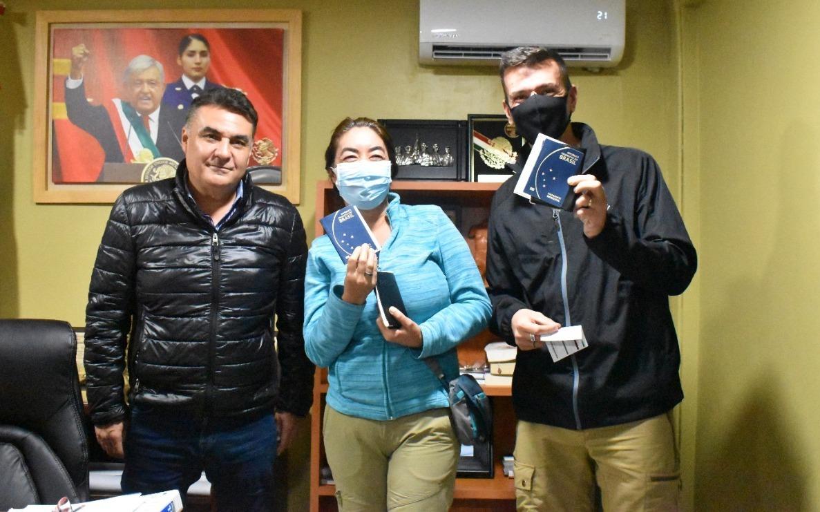 Gobierno de México auxilia a turistas brasileños para su obtención de Certificado Covid-19