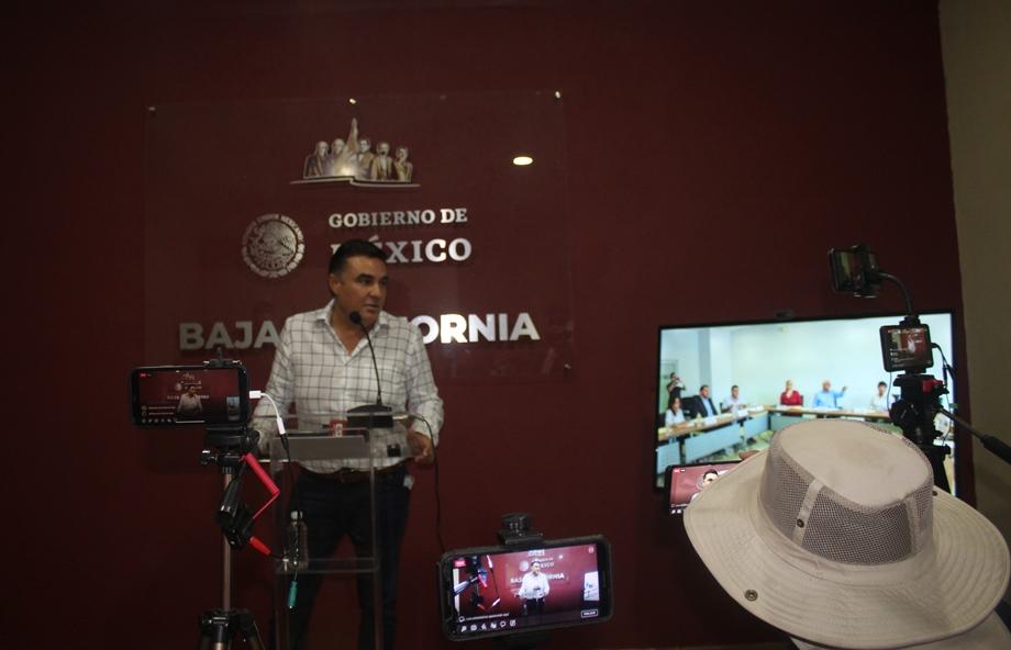 Banco Azteca y Banorte han cometido todo tipo de atropellos con las pensiones de adultos mayores: Ruiz Uribe