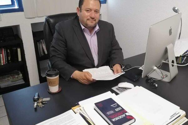 El Fiscal Guillermo Ruiz dedicado a tareas de la secretaría de educación en vez de combatir el crimen: Capella