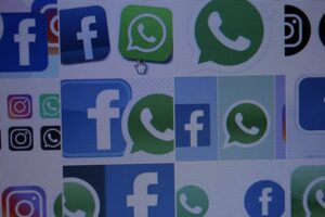 Se caen redes sociales de FB y WhatsApp a nivel mundial