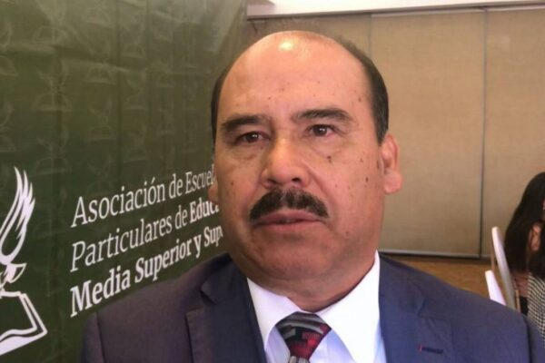 Ya se va Jaime Bonilla sin pagar los seis millones de pesos a las escuelas privadas