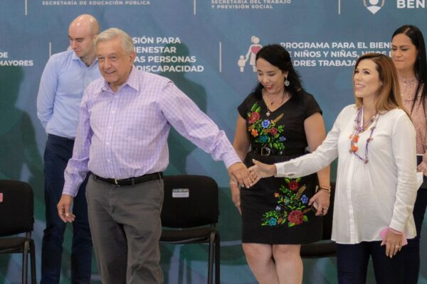 Marina del Pilar es una mujer honesta y con principios: AMLO