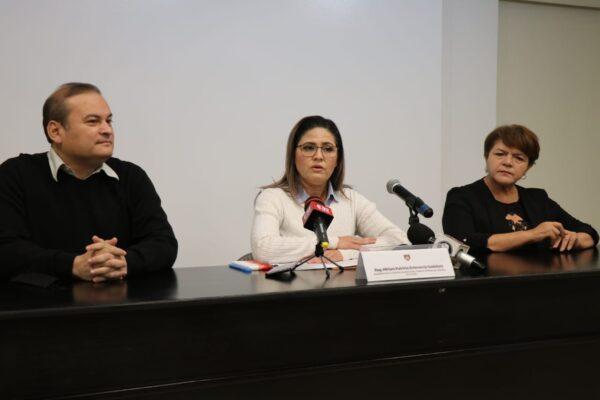 La regidora Miriam Echeverría sale de la fracción del PES y se deslinda de ese partido